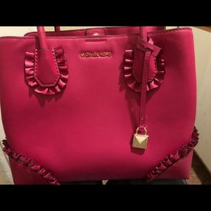 Brand New!!!Michael Kors purse